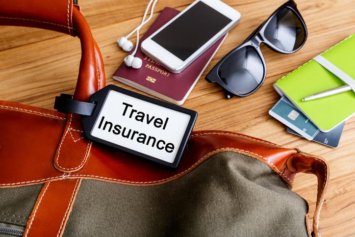Muchos españoles siguen viajando sin seguro.
