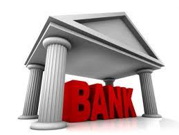 La banca aumenta sus ingresos recurrentes por su comercialización de seguros.