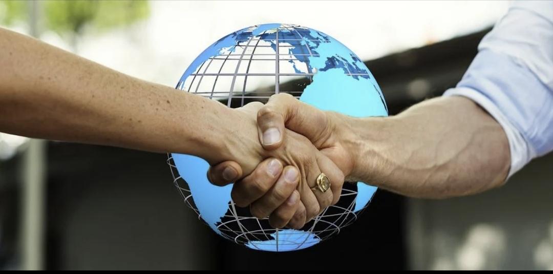 En cualquier parte del planeta……Si eres mediador de seguros, agente de viajes, influencer, o manejas redes sociales….. , ESTO TE INTERESA ….Y MUCHO.